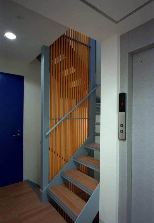 2階階段室02